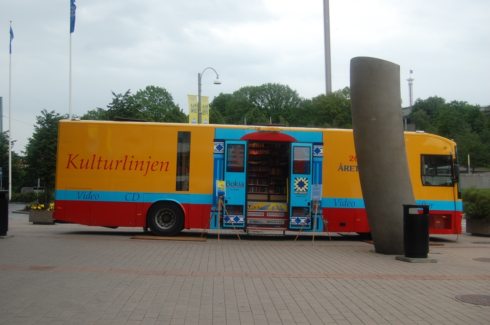 mobile libraries (3/5)